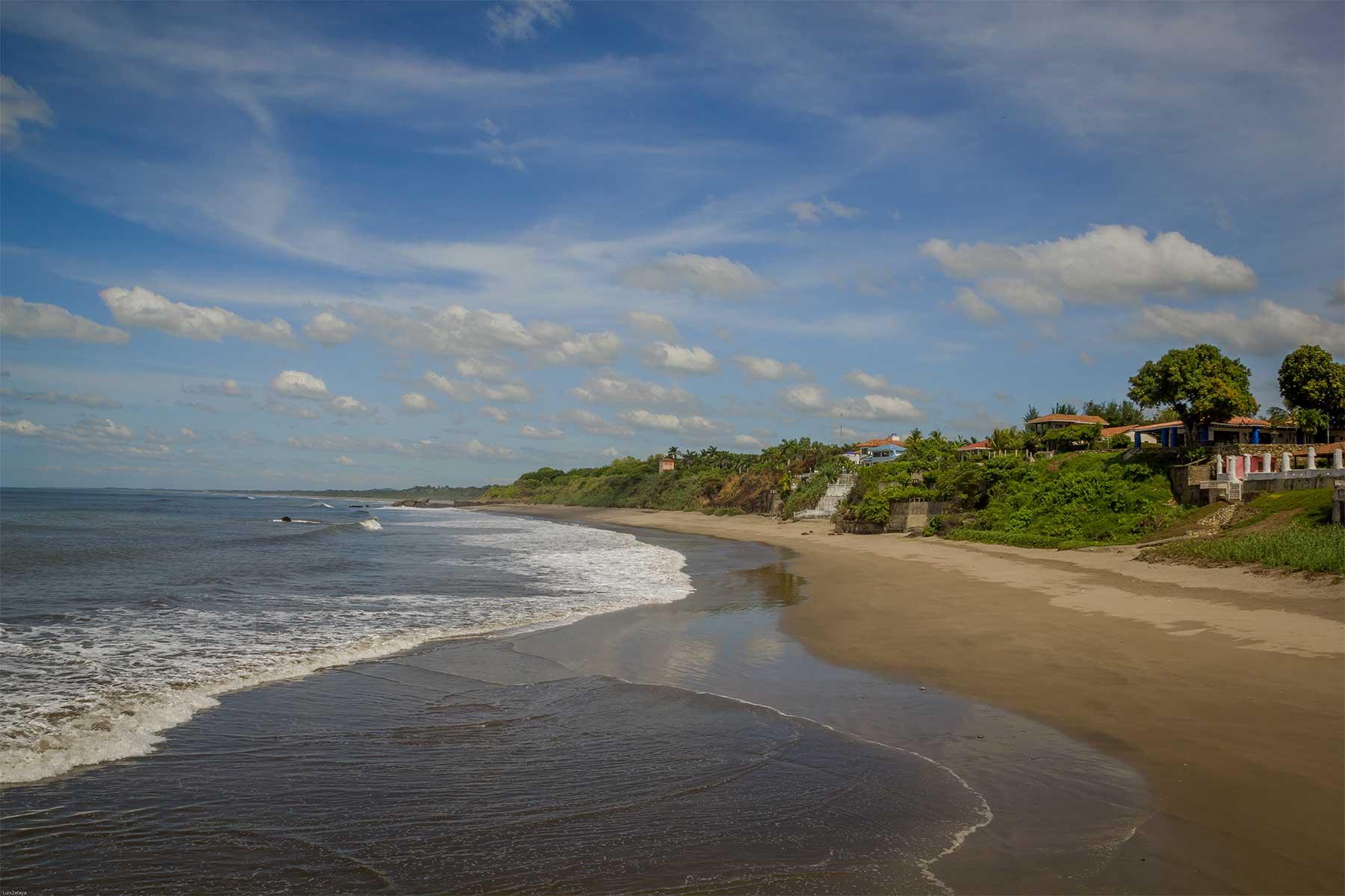 Playa Pochomil, Managua