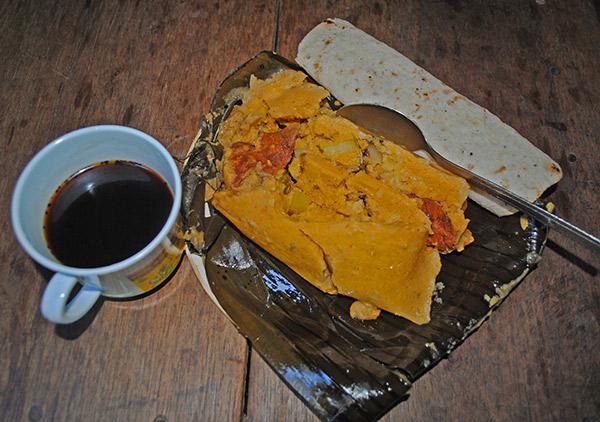 Nacatamal con tortilla_achuapa_gastronomia_gal3