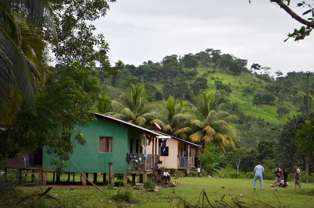 comunidad indigena Fruta de Pan